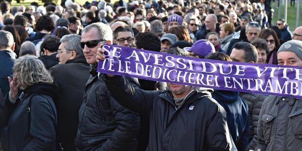 Hunderte Fans bei Astori-Verabschiedung