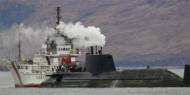 Küstenwache rammt havariertes Atom-U-Boot