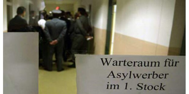 60 Prozent mehr Asyl-Anträge im Juni