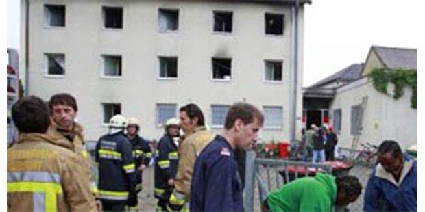 Wurde Anschlag auf Asylheim vertuscht?