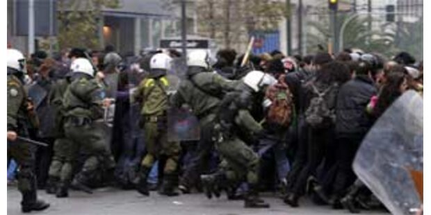 Neue Unruhen in Athen