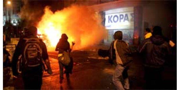 Ausschreitungen in Athen nach Tod eines Teenagers