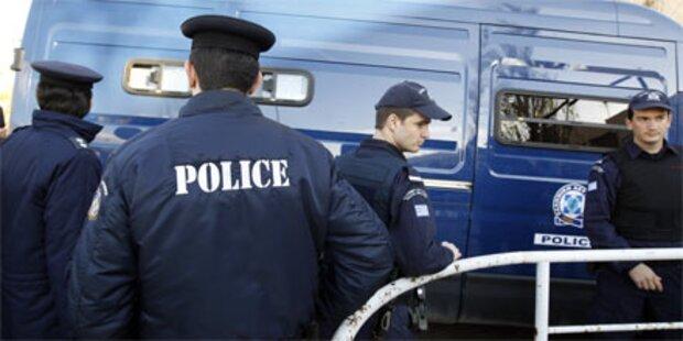 Zwei Brandsätze in Athen explodiert