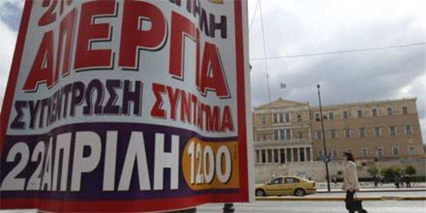 Griechen streiken gegen Spargrogramm