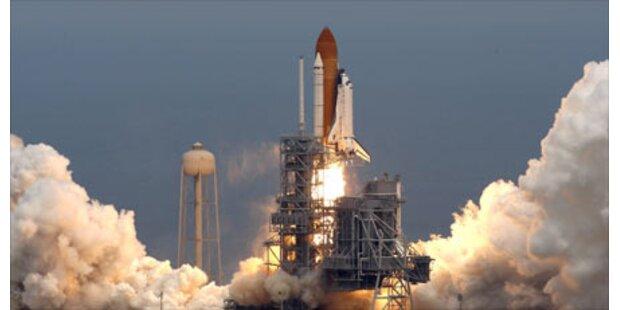 Riskante Atlantis-Mission gestartet