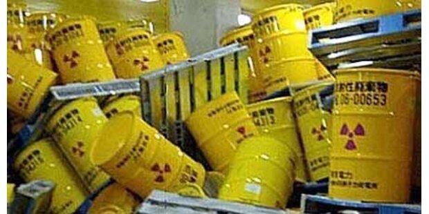 Atommüll-Frachter geriet in Seenot