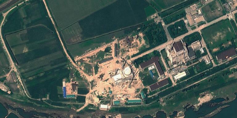 Irrer Kim fährt Atomreaktor hoch