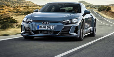 Audi e-tron GT greift Tesla Model S an