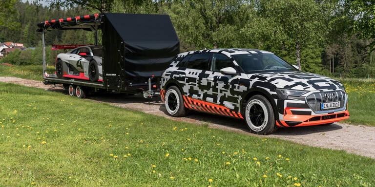 Audi fährt seine E-Autos zum GTI-Treffen