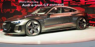 Audi greift mit zehn reinen E-Autos an