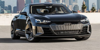 Audis Elektro-Coupé e-tron GT reservierbar