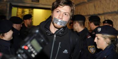 Polizei räumt besetztes Audimax