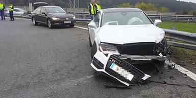 21-Jähriger schrottet Audi A7 auf der A1
