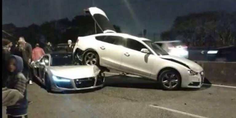 Video: Audi R8 schießt einen A5 ab