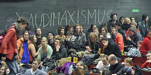 Studenten versprechen Unis