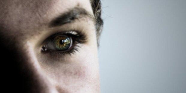 Blinder kann durch Netzhautchip lesen