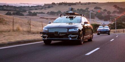 Auch Amazon setzt voll auf Robo-Autos