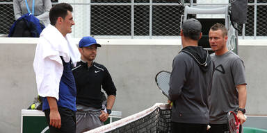 Familie bedroht? Mega-Eklat um Tennis-Stars