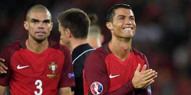 Ronaldo als Elfer-Depp