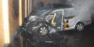 Auto brannte in ÖAMTC-Halle völlig aus