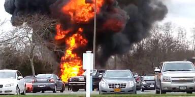 Bettwanzen: Mann jagt 3 Autos in die Luft