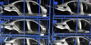 Neue Kunststoffe machen Autos leichter
