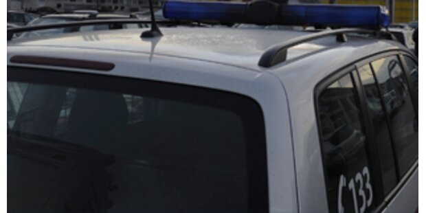 Tschechin stirbt auf mysteriöse Weise im Auto