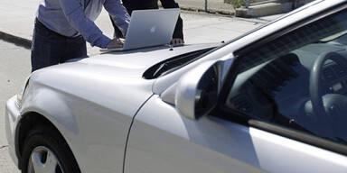 Auto-Versicherungen: Hohe Einsparungen möglich