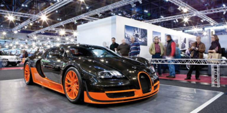 120.000 Besucher stürmten die Auto 2011