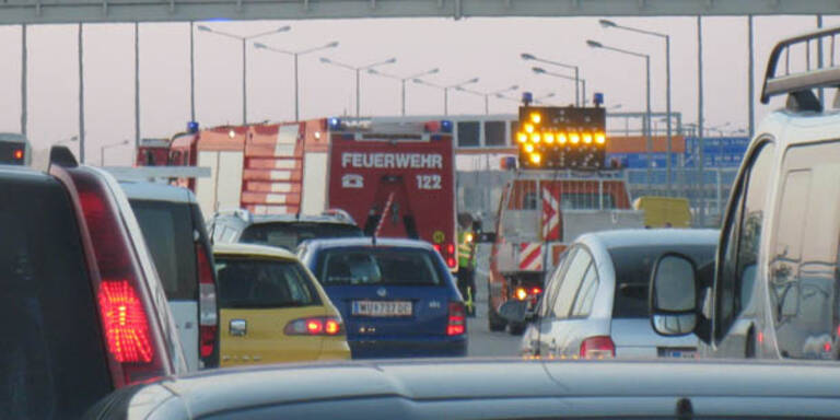 A2-Autobahn bei Wöllersdorf wieder offen