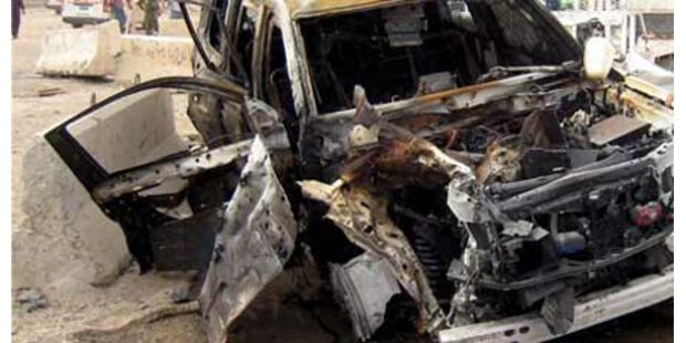 Anschlag fordert mindestens 11 Tote
