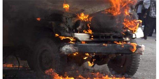 Brandstifter verursacht 12.000,- Schaden