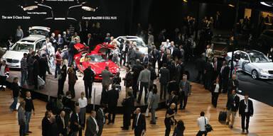 Auto-Bosse glauben weiter an Europa