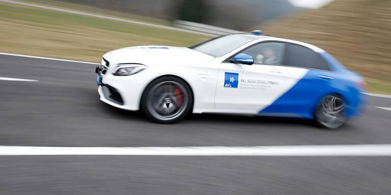 Roboter-Autos erstmals auf heimischer Autobahn