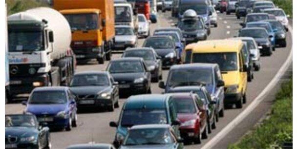 Zahl der Autos wächst stärker als die Bevölkerung