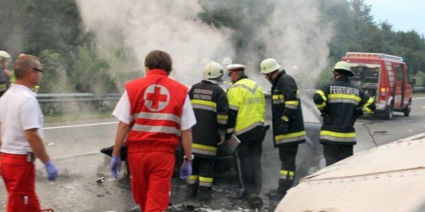Kärntner verbrennt bei Autounfall