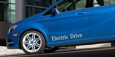 E-Autos: Daimler & Porsche forden Anreize