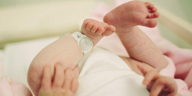 Totes Baby: Jagd nach dem Vater