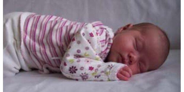 Vater misshandelte Säugling - Anklage abhängig von Gutachten