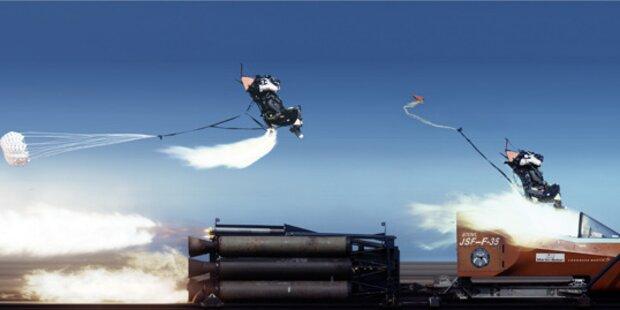 Schleudersitz-Test bei 1000 km/h im Kampfjet