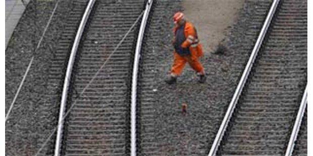 Bauprogramm für Straße und Bahn bis 2013