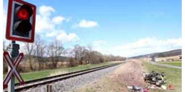 Radfahrer starb bei Bahnunfall