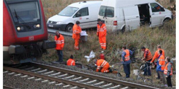 8 Festnahmen nach Anschlägen auf französische Bahn
