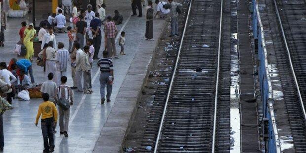 Längster Bahnsteig der Welt in Indien