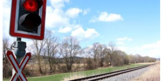 Alle Bahn-Todeskreuzungen bis Ende 2009 entschärft