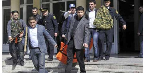 Amokläufer töteten 13 Menschen in Baku