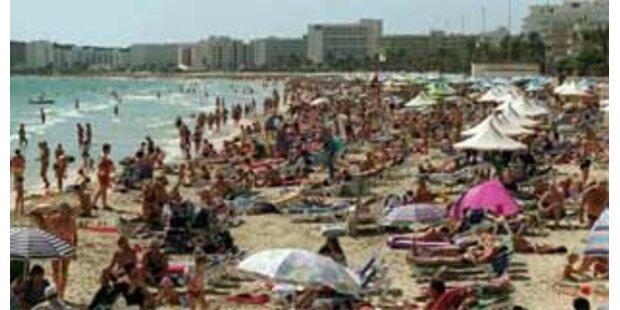 Hotels sagen Krawall-Touristen den Kampf an