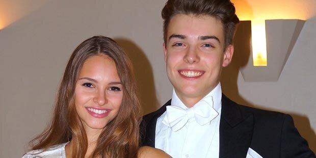 Miss Austria zeigt ihr Debütantinnen-Kleid