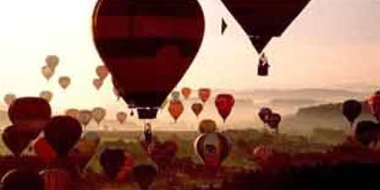Pariser Heißluftballon soll Luftqualität anzeigen