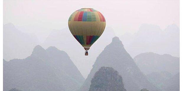 Heißluftballon landet im Stadtgebiet